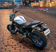 Suzuki-SV650-AL7-Scene-3
