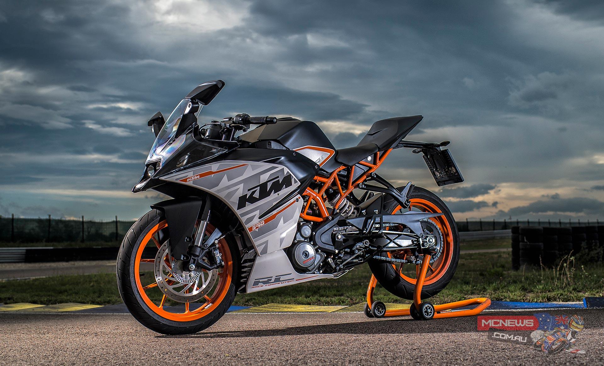 KTM RC390 Review | Full Test | MCNews.com.au