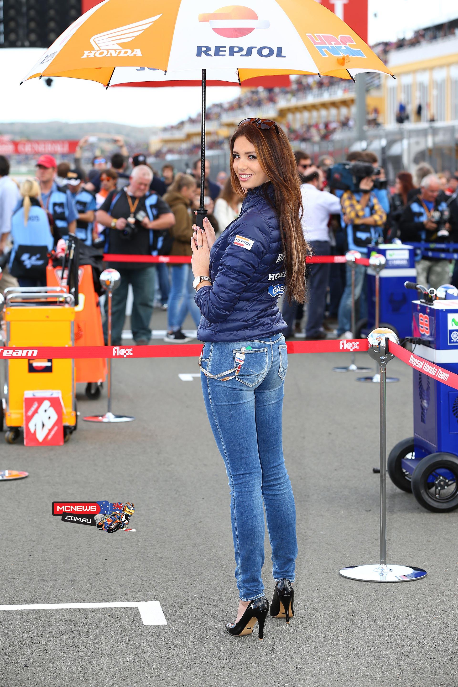 MotoGP Grid Girls of Valencia | MCNews.com.au