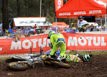 MX-Nationals-2015-Appin-Matt-Moss-Dan-Reardon-Crash