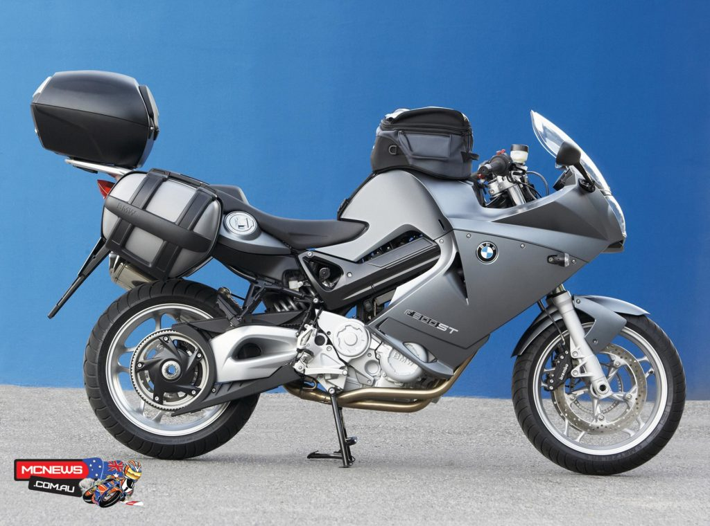 F 800 ST with luggage