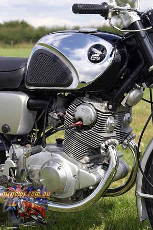 CB77_Engine_RHS_300p