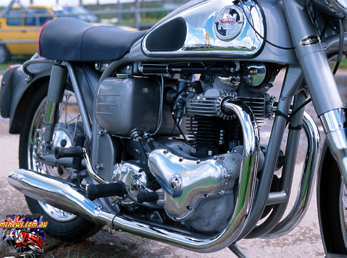 Engine_700p