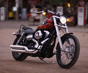 HD_WideGlide_RHF_Flames
