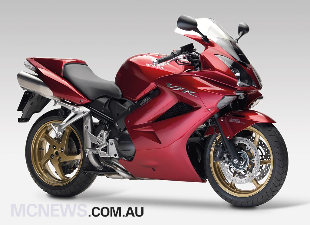 honda vfr800 review. Black Bedroom Furniture Sets. Home Design Ideas