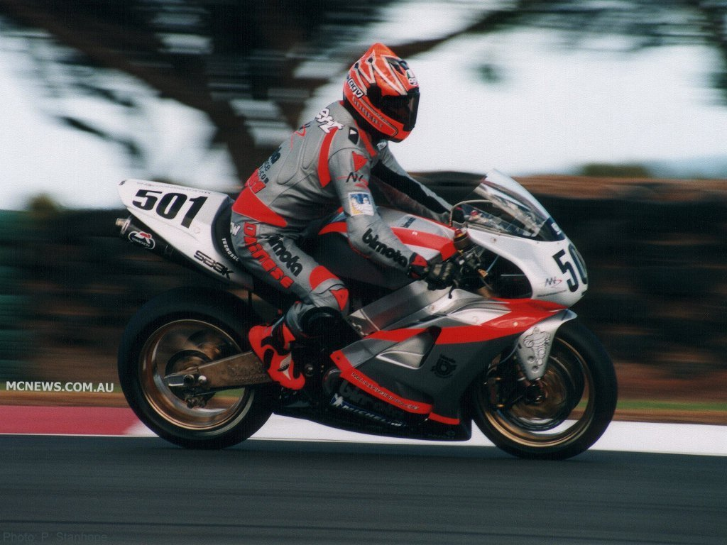 Anthony Gobert was the last man to experience some success with Bimota. An incredible win at Phillip Island in 2000 the highlight, a huge explosion at the next round saw the team withdraw from the rest of the series. Anthony raced the SB8R, a Bimota creation using the engine from Suzuki's TL1000R.