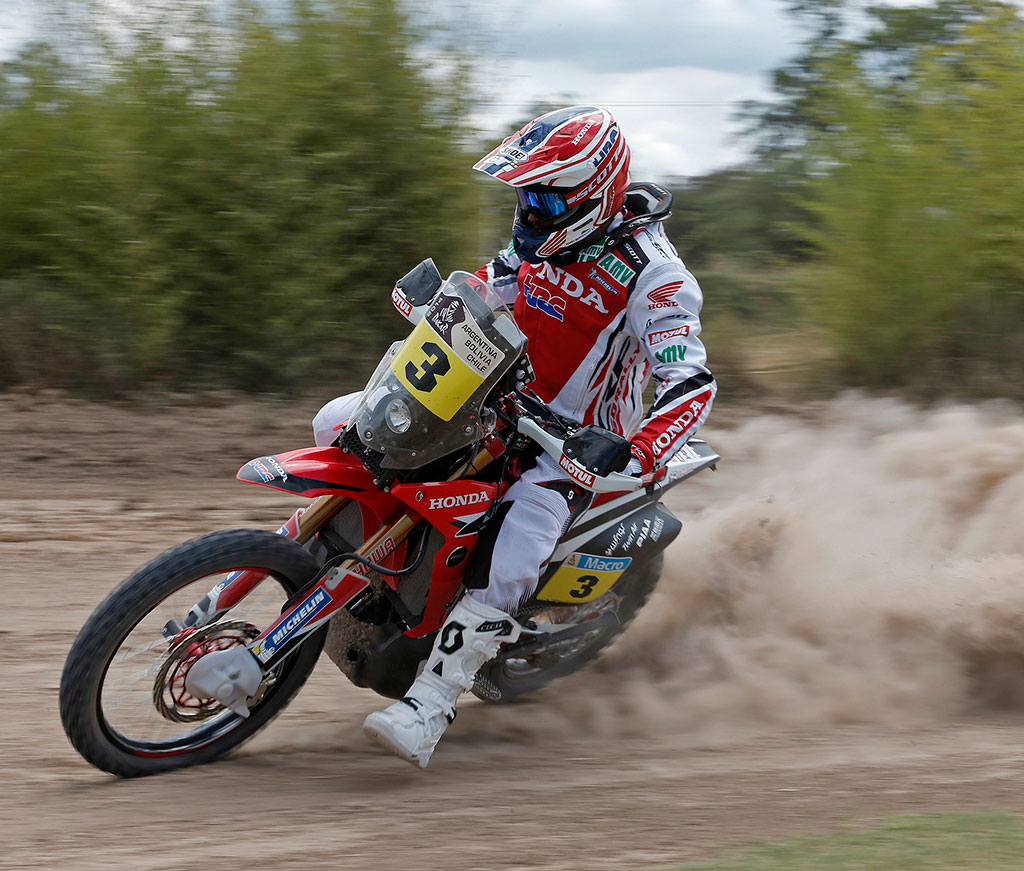 Dakar2014_TeamHRC_Barreda_Slide