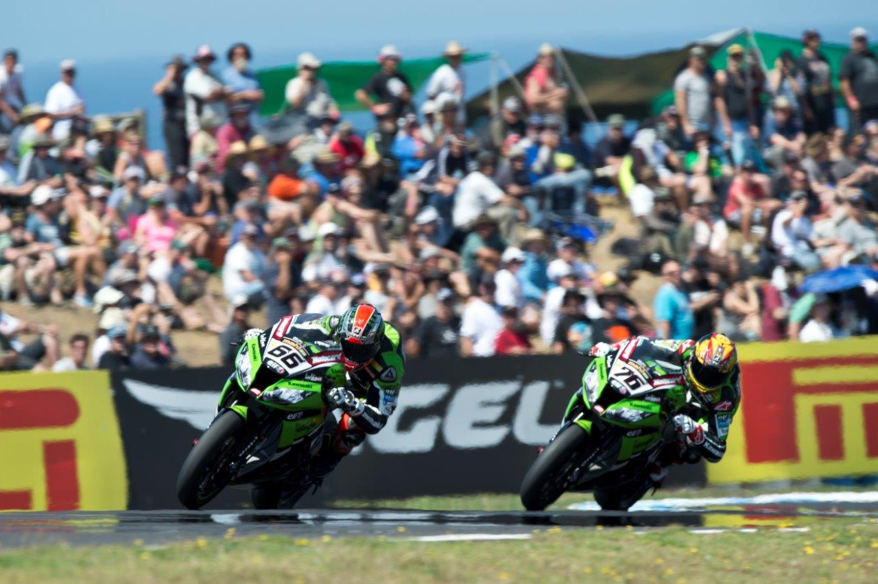 Tom Sykes and Loris Baz in action at Phillip Island