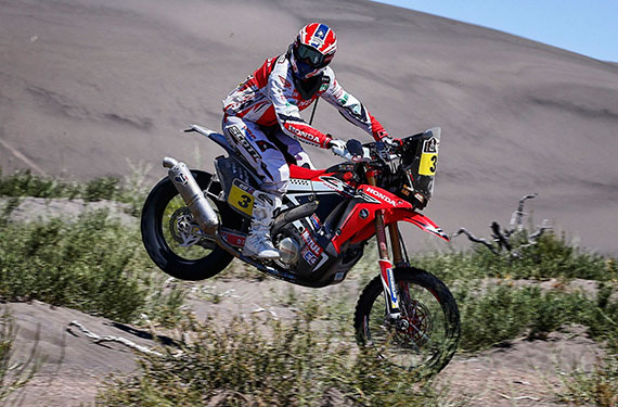 Joan Barreda showed his brilliance in riding technique and navigation skills by winning the stage in front of Cyril Despres and Marc Coma, increasing his overall lead to over 13 minutes.