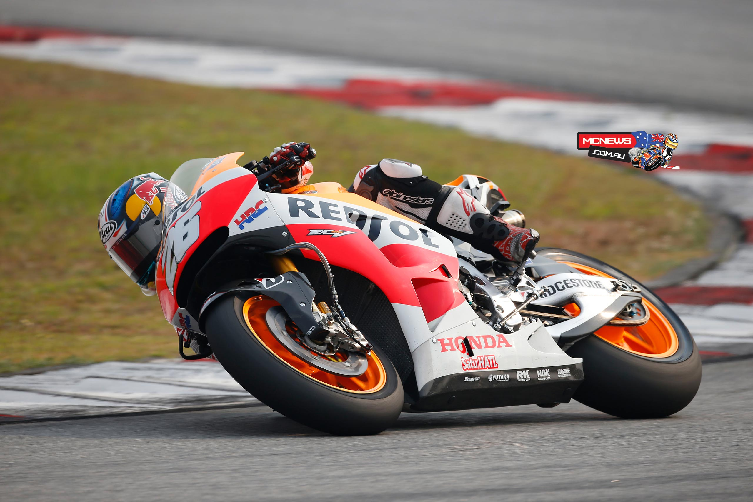 "Dani Pedrosa (Repsol Honda): 1st, 2m 00.039s ""Things went well this afternoon, even though this morning we were still having some issues and I wasn't able to ride comfortably. I had to stop early in order to make some big changes to the bike, and when we restarted after lunch I felt more comfortable and put in better laps. We focused on the front end and were able to find a good set-up. Tomorrow we will focus on making progress with the rear, because we have to get the new tyre working better and increase grip. If all goes well, then perhaps tomorrow we will be able to do a race simulation."""