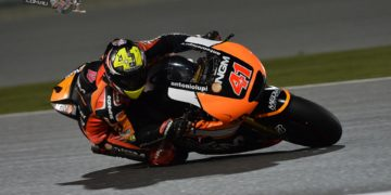 In the first Grand Prix practice session of the new 'Open' class era it was Espargaro in P1 with his Open entry Forward Yamaha with a 1'55.201 best lap, with Bautista 0.466s behind him.