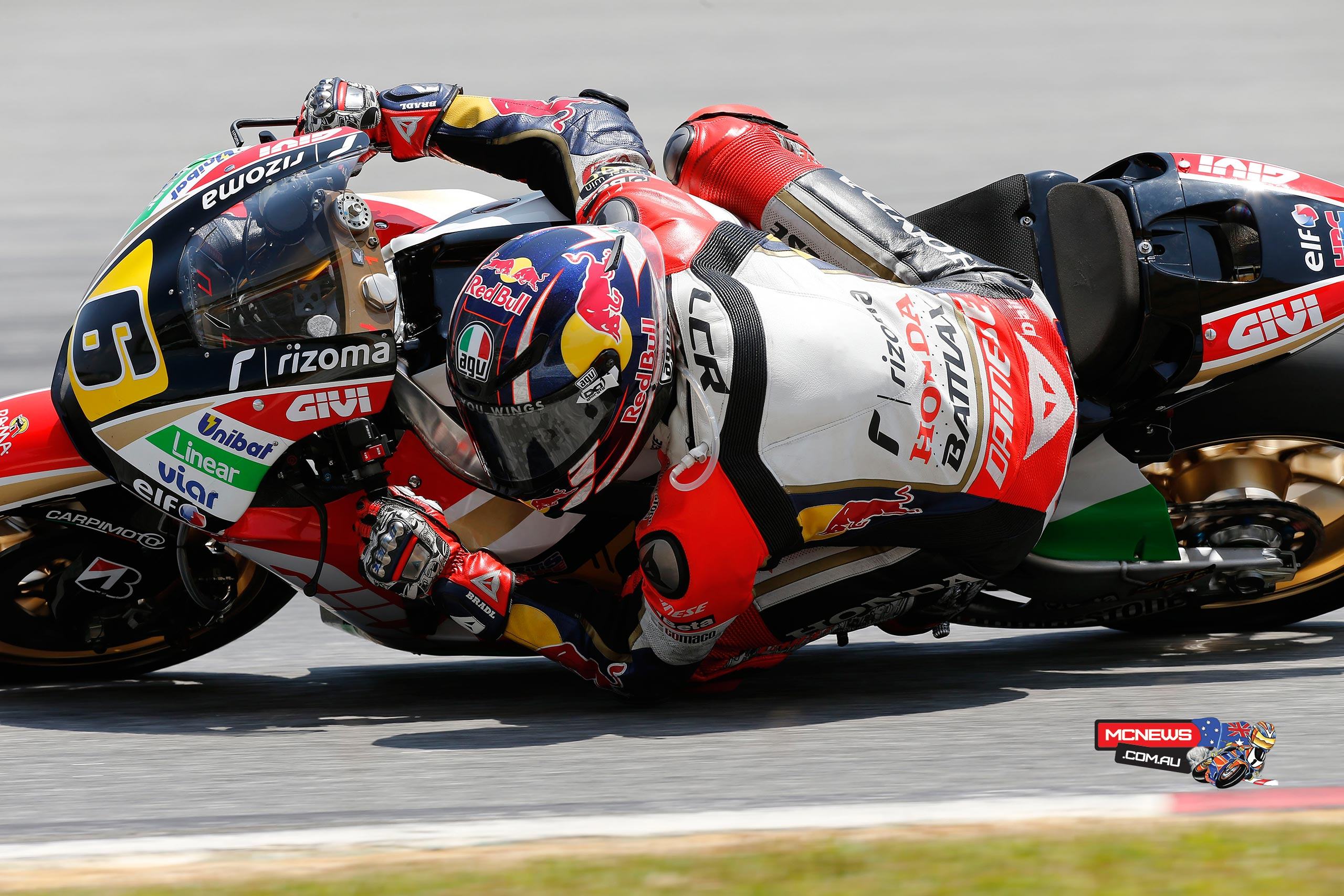 "Stefan Bradl (LCR Honda): 5th, 2m 00.164s - ""I am quite happy about the job we made in the last three days. It's tough to work in these conditions and the guys worked hard to adjust the bike. Early in the session we went out on soft rubber and afterwards we kept working on long run performance. Today the pace was not as good as yesterday because I was not enough comfortable on a hard front tyre but, overall, this test has been quite positive for us: we are not far off the pace."""