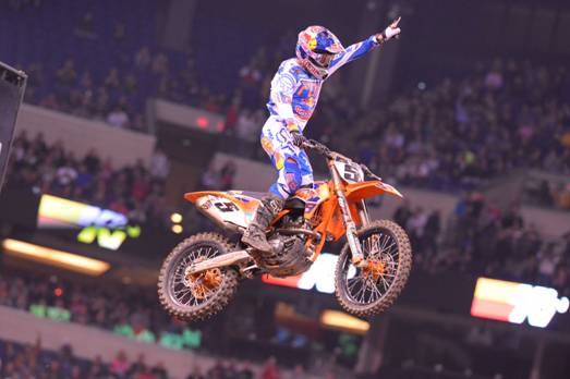 Ryan Dungey grabs his first 450SX Class win of the season - Photo Credit: Simon Cudby