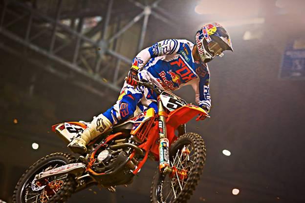 450SX Class rider Ryan Dungey at Detroit's supercross - Photo Credit: Hoppenworld