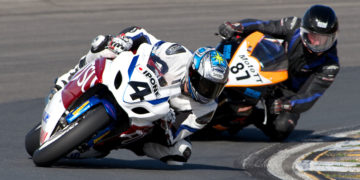 Wellington's Sloan Frost, who had been hindered by injuries in the first two rounds, showed the difference that full fitness makes as he qualified his Suzuki on pole and led all the way, though under great pressure from local man Scott Moir on another Suzuki.