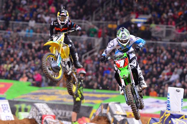 Stewart (#7) prepares to pass Villopoto (#1) en route to his 50th 450SX Class win - Photo credit: Simon Cudby