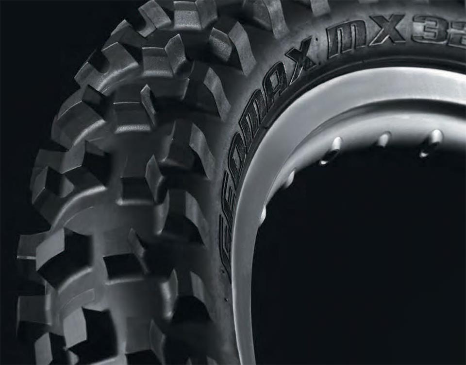 The front MX32 and MX52 feature new directional tread patterns in both fronts that incorporate a series of unique block designs for optimal performance. The main objective is to provide great traction along with optimal steering feel for a wide range of riders who have differing riding styles. A directional front tire can accomplish this by focusing on a more idealized knob pattern, knob distribution, knob construction and knob shape—a total package that produces heightened feel for the rider. With optimized block distribution, new block designs and carcass innovations, the all-new Geomax MX32 and MX52 offer weekend riders the kind of performance top AMA Pros used to win races and championships in 2013. Riding on the MX32 and MX52 is like having a factory advantage in your corner.