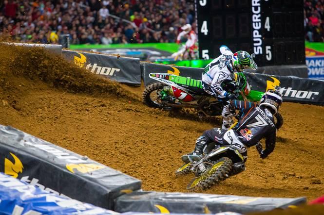 Villopoto and Stewart battling the 450SX Main Event - Photo Credit: Hoppenworld