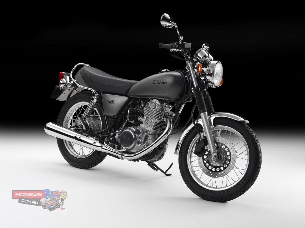 Yamaha_SR400_Studio_RHF