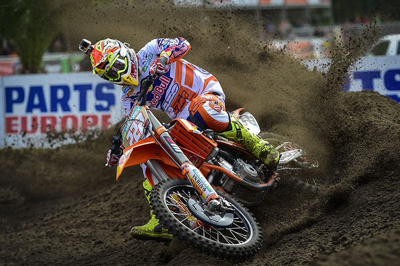 After breaking his front wheel early in race one the Italian continued to fight to the finish and remarkably managed to salvage third. In race two, the champ took his second Fox Holeshot of the day and went on to lead every lap unchallenged to stand on top of the box here in Valkenswaard for the fifth year in succession.