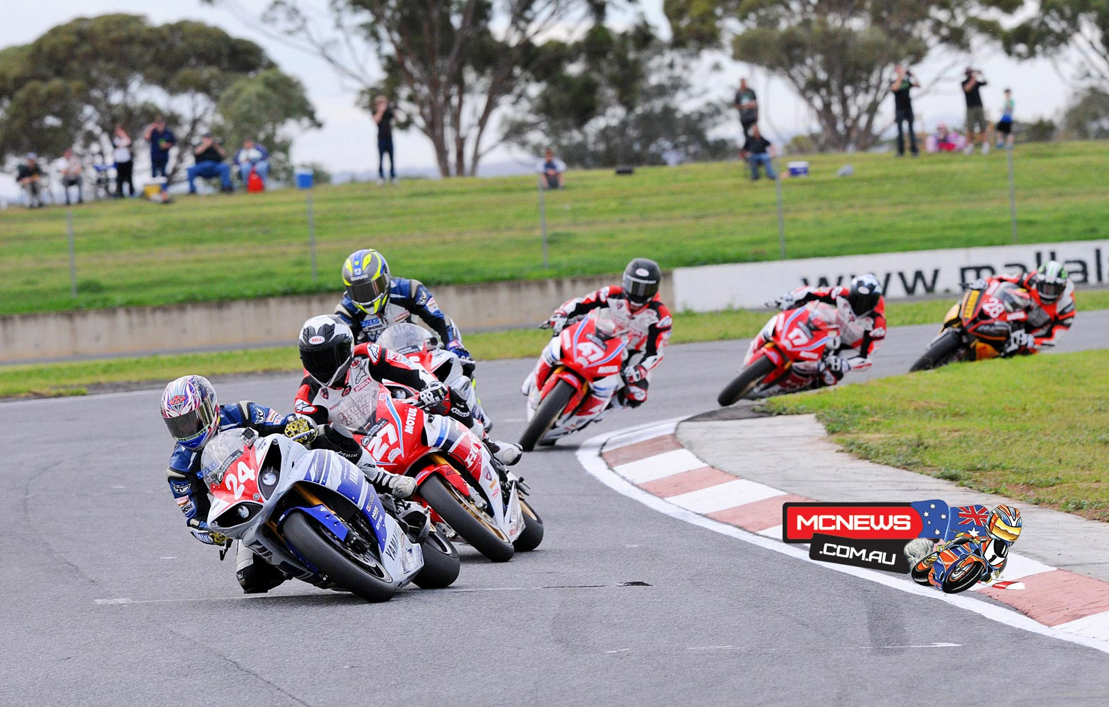 Robbie Bugden leads Jamie Stauffer, Cru Halliday and Wayne Maxwell at Mallala