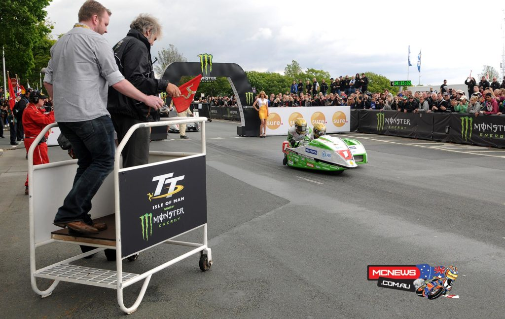 Dave Molyneux/Patrick Farrance  getting off the line
