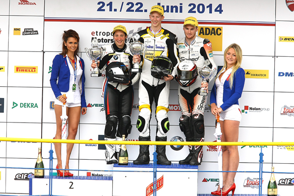 17-year old Austrian Marco Nekvasil topped Superstock 1000. Australia's Alex Phillis, son of Superbike legen Robbie, riding for the Weber-servant Racing Team stood third on the podium.