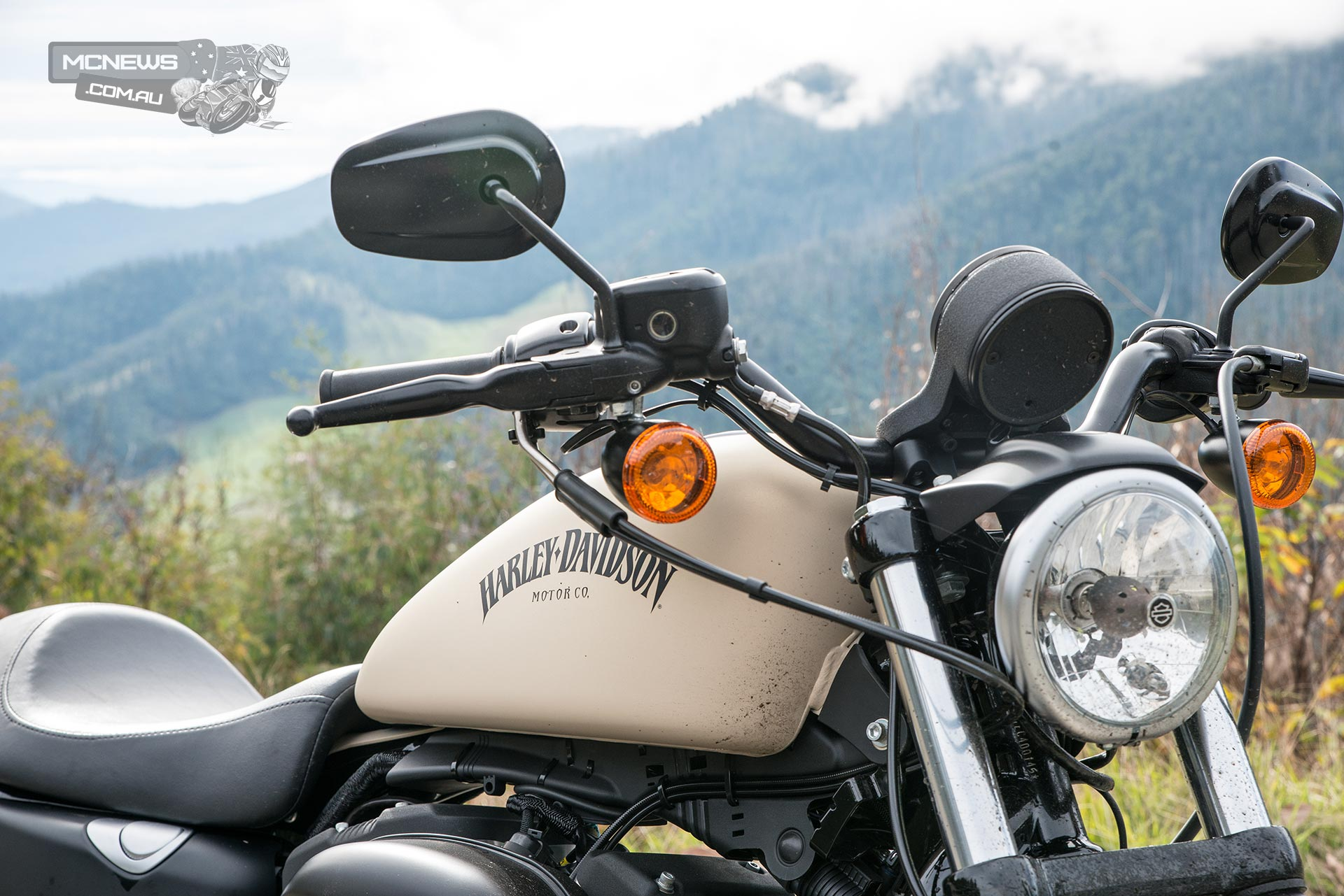 Harley-Davidson XL883N Iron 883 Tested