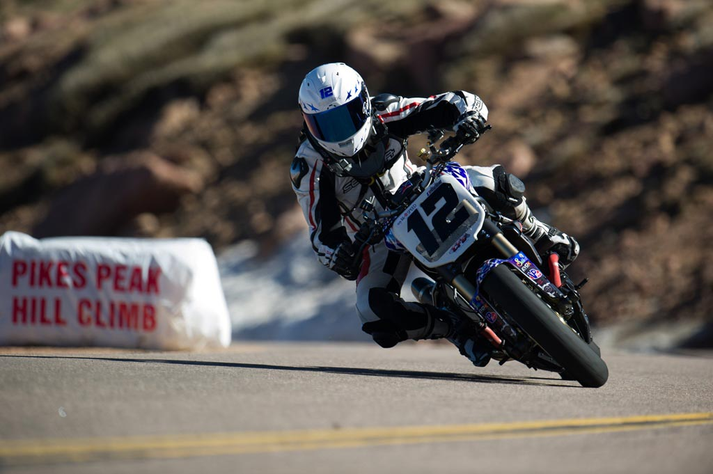Eric Piscone won the Middleweight division on a Ducati Streetfighter