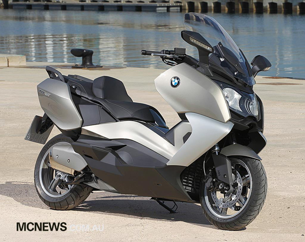 bmw scooter features 647cc twin. Black Bedroom Furniture Sets. Home Design Ideas