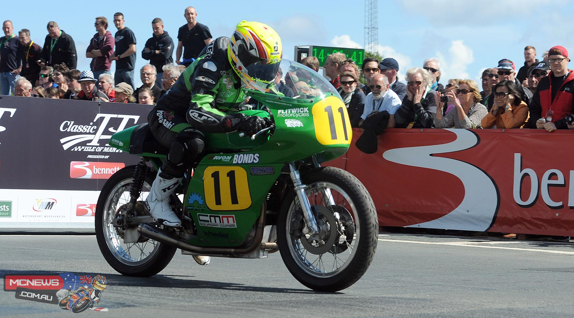 Ian Lougher sets off on the 500cc Paton