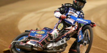 Greg Hancock's left hand was dragged under Niels-Kristian Iversen's rear mudguard, breaking his index finger and leaving the middle one dislocated. Tyre burns added further to his pain.