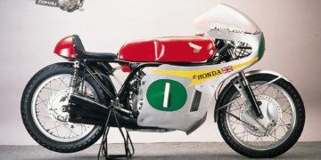 Honda RC166 as ridden by Mike Hailwood