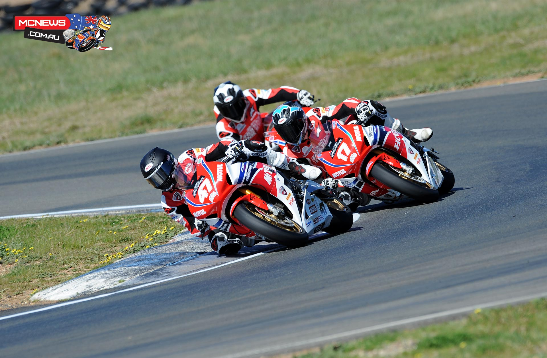 Team Honda dominate Wakefield Park
