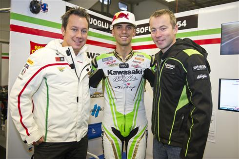Three-time Supersport World Champion Kenan Sofuoglu will fight for the 2015 title on a Kawasaki Ninja ZX-6R after signing to ride with the San Carlo Kawasaki