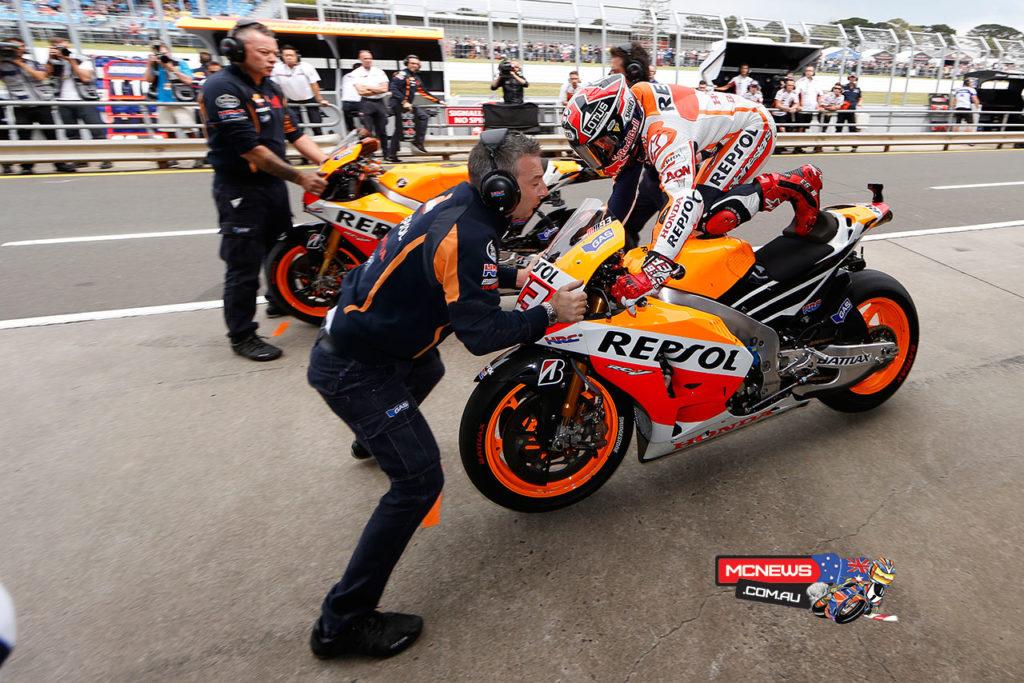 Marc Marquez pits to swap bikes at the 2013 Australian MotoGP