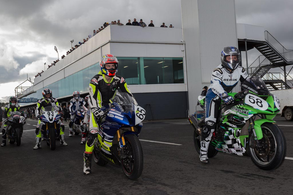 Pitlane Phillip Island photo by Andrew Gosling