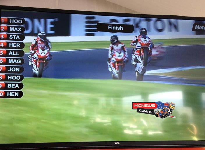 MotoGP Support Races - Superbike Race Two Screenshot