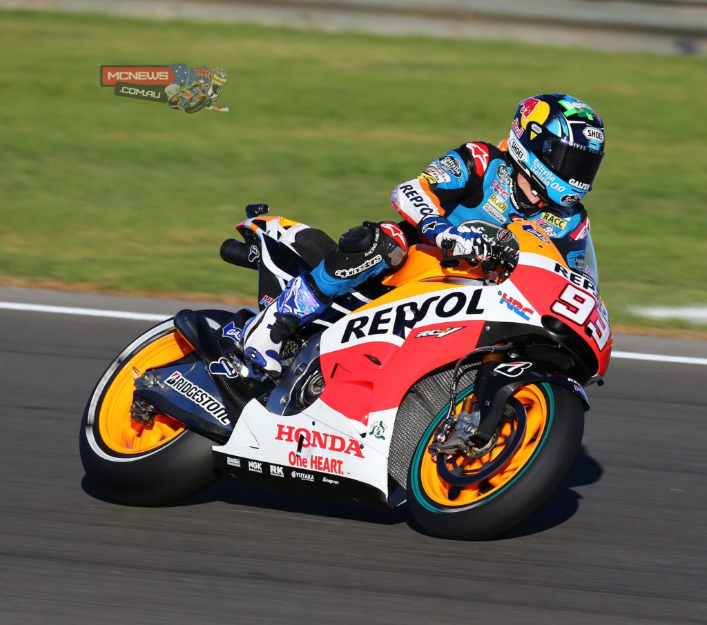 """Alex Marquez - """"I am very happy to have tried the MotoGP bike. Yesterday I fulfilled a dream that I had, and today I fulfilled another. It's not every day you can try a bike like this! I want to thank Honda and especially Shuhei Nakamoto for this opportunity that they have given me. It is a great gift after becoming Moto3 World Champion. What impressed me the most was the power that the bike has. The feeling you get when you're on the straight is incredible and braking is amazing too, plus the time between corners is greatly reduced. At first I was a little stiff on the bike, but I think I held up well. It was a lot of fun and I ended up a little tired!"""""""