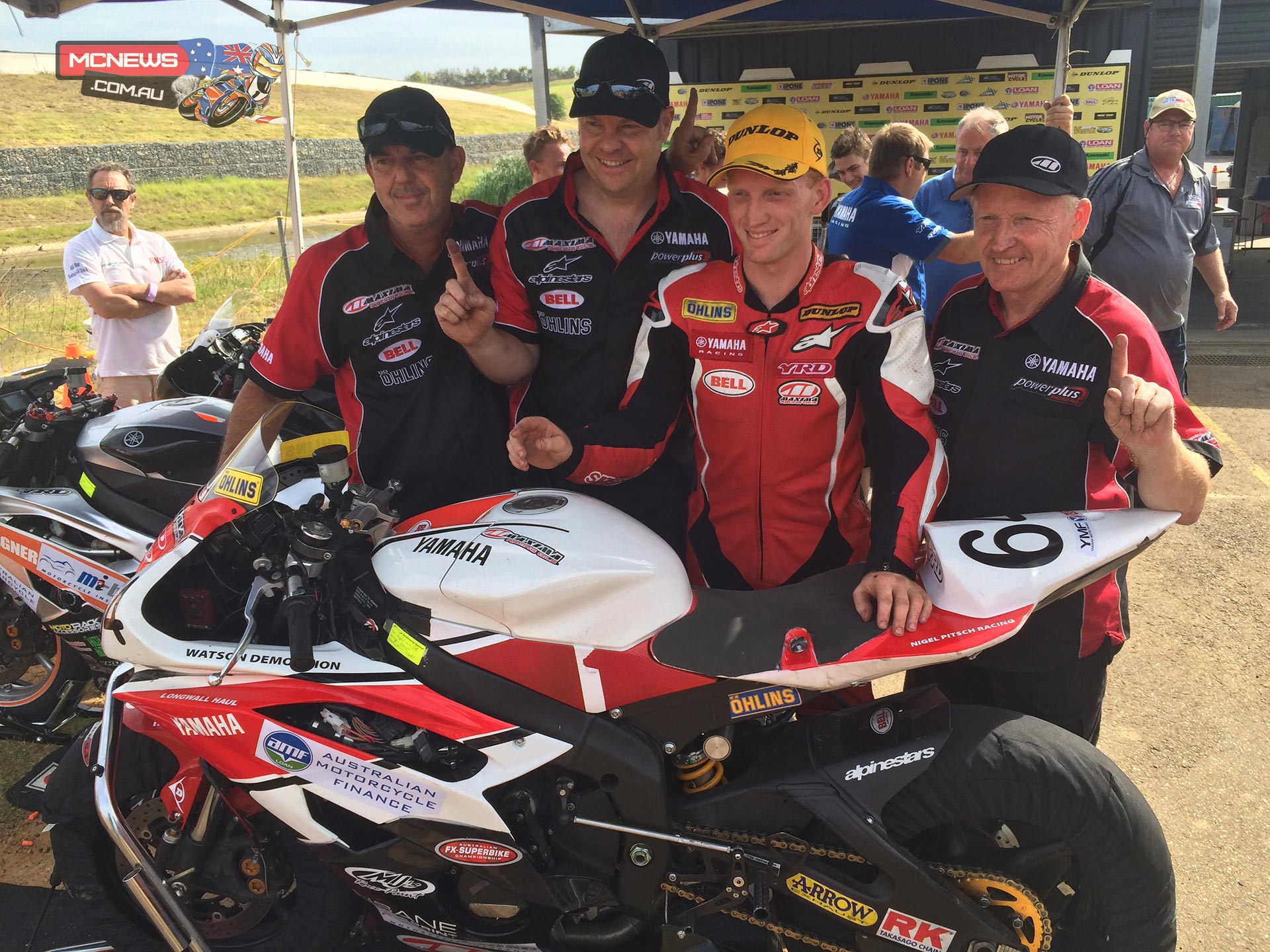 Maxima Yamaha rider Aaron Morris has claimed the coveted Supersport Championship by the narrowest of margins at the final round of the 2014 YMF Loan Yamaha Australian FX Superbike Championship.