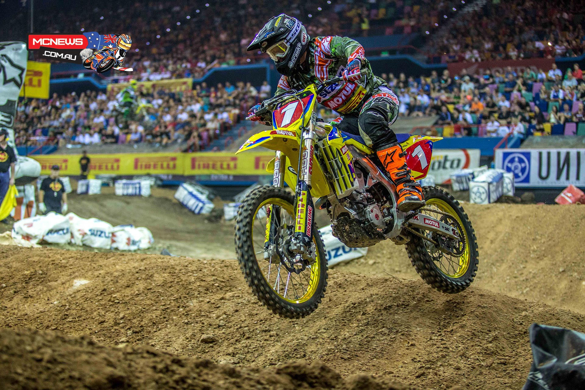 Matt Moss won all five rounds of the series, securing back-to-back supercross titles and his fourth consecutive Australian title.
