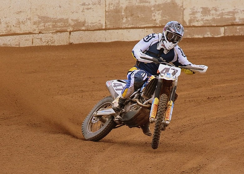 Speedway ace Jake Allen hasn't forgotten how to ride dirt track, as his third in the North Brisbane Cup proved in no uncertain terms.