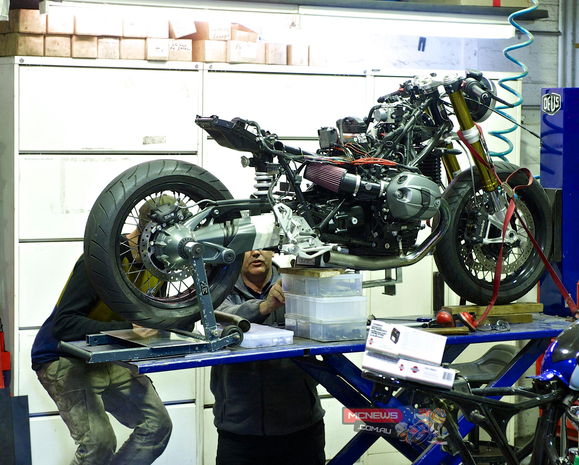Deus BMW R nineT Takes Shape