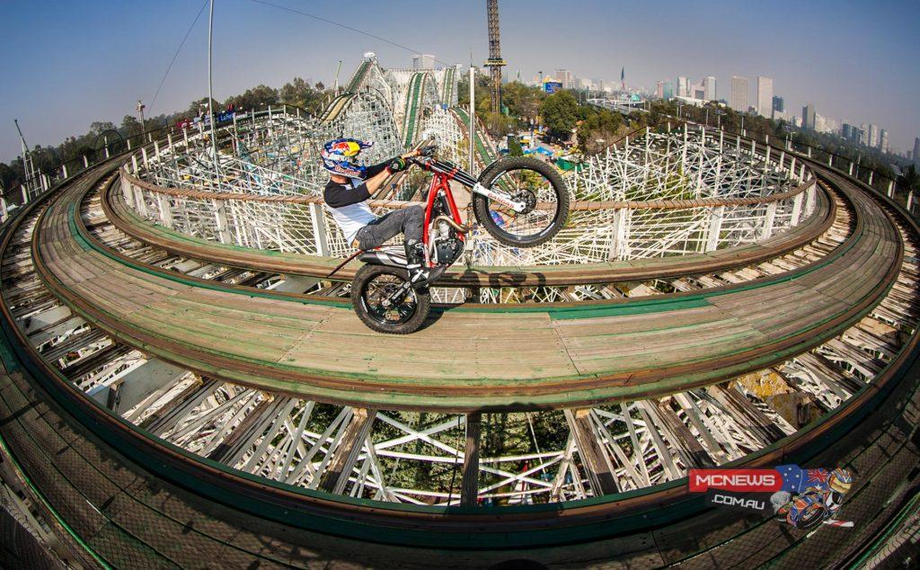 Julien Dupont rode a roller coaster on a trial bike: La Feria de Chapultepec, Mexico City