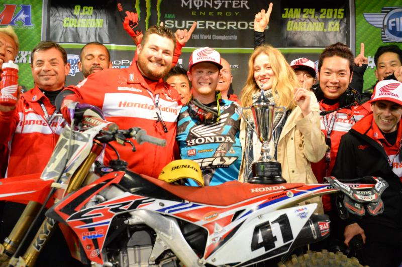Canard fights hard to earn first Monster Energy Supercross win of 2015 - Photo Credit: Simon Cudby