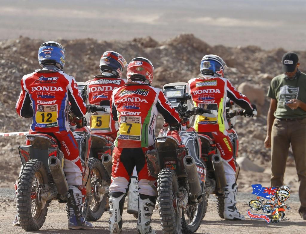 HRC Riders ready for Stage 9 Start Dakar 2015