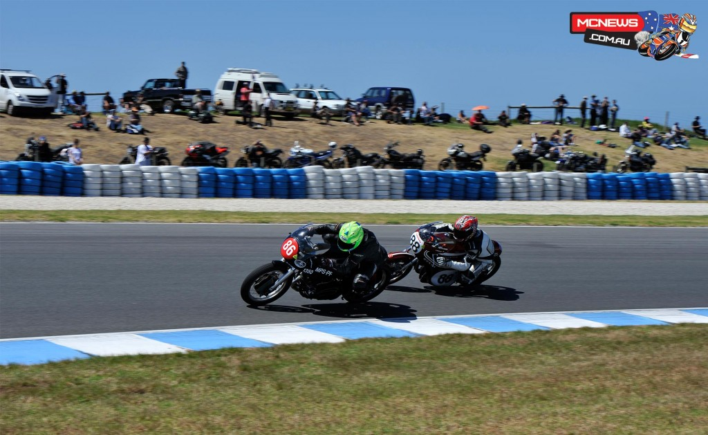 Cameron Donald will again also campaign the 1959 Harley-Davidson in Unlimited Classic. Here he leads Dean Oughtred on a 1970 Honda CR750