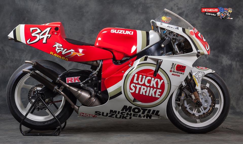 Suzuki RGV500 XR84