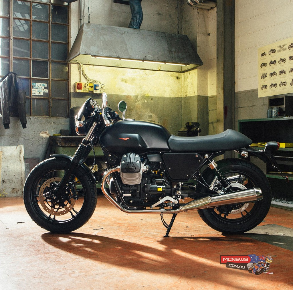 """Dark Rider Kit: These accessories have been designed to create a """"Gothic"""" style. The accessories that make up the Dark Rider Kit include black aluminium top fairing, aluminium side fairings, aluminium mudguards, black fuel tank which features the traditional red Moto Guzzi eagle and black spoke wheels."""