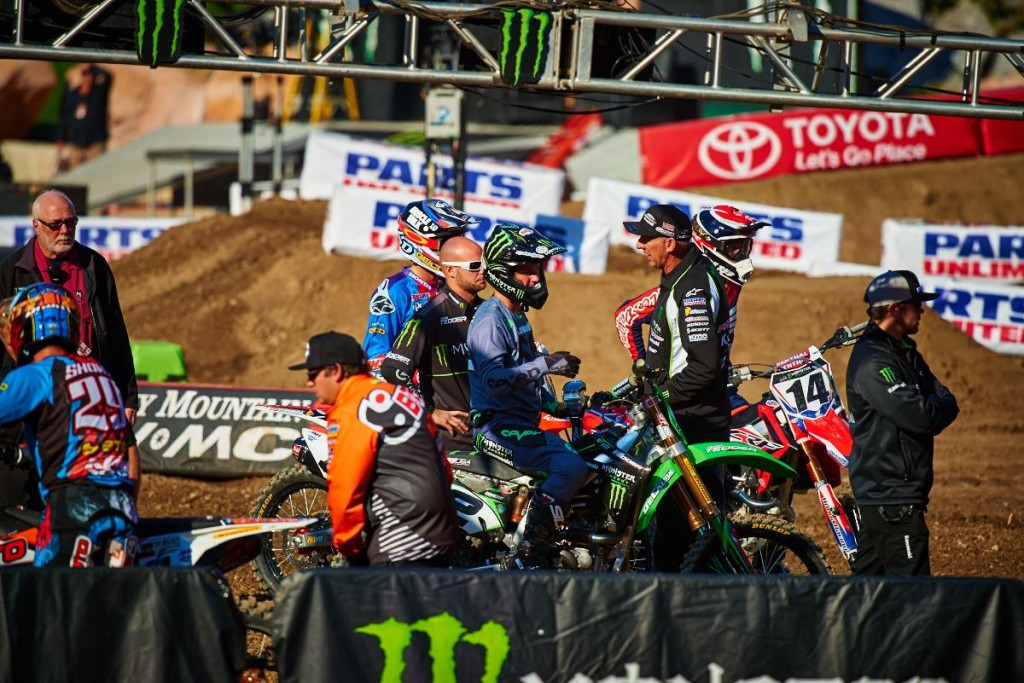 Riders discuss the chances ahead of Anaheim 1 -SX  Pic Hoppenworld